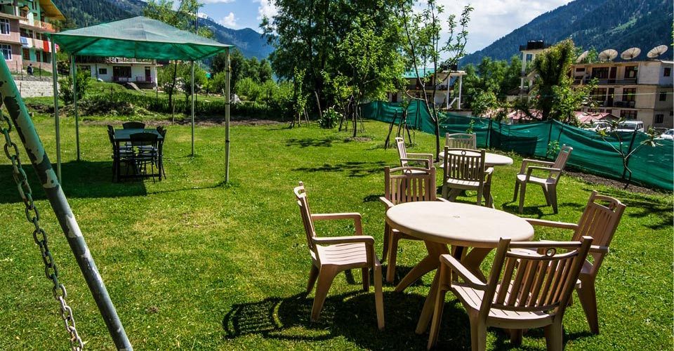 Luxury Cottages in Manali